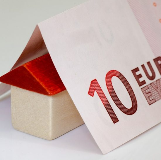 Guide pratique de l'investissement immobilier dans des résidences secondaires à Biarritz